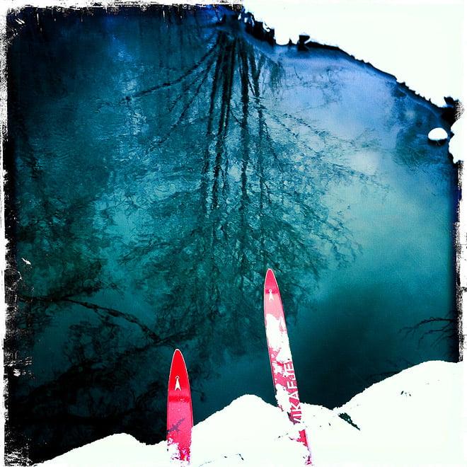 Skidor över ån