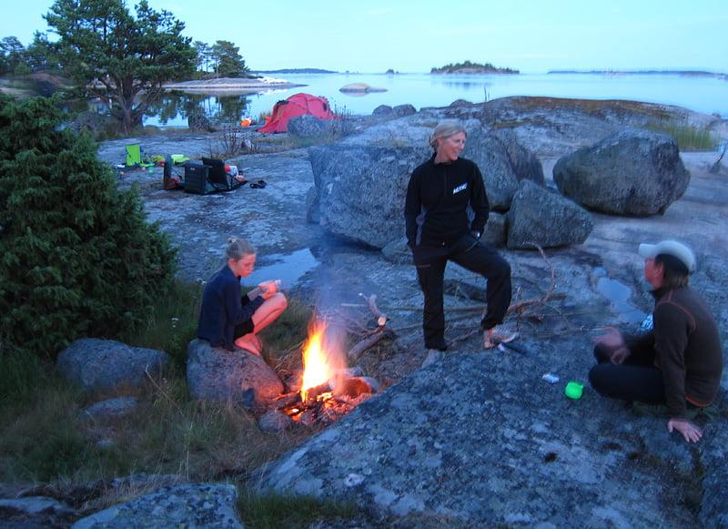 Dags för eld på Lilla Vippholmen