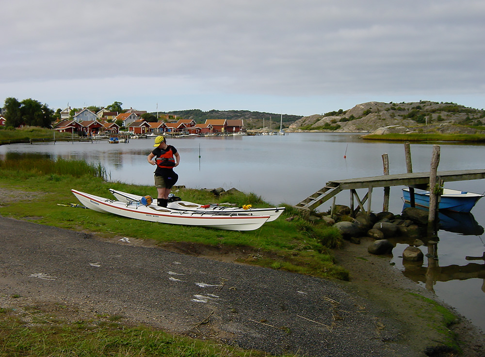 Sjösättningsdax vid bron i Fjällbacka