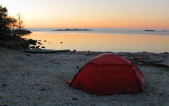 Vintermorgon på Slädö. Ljungskär i bakgrunden.