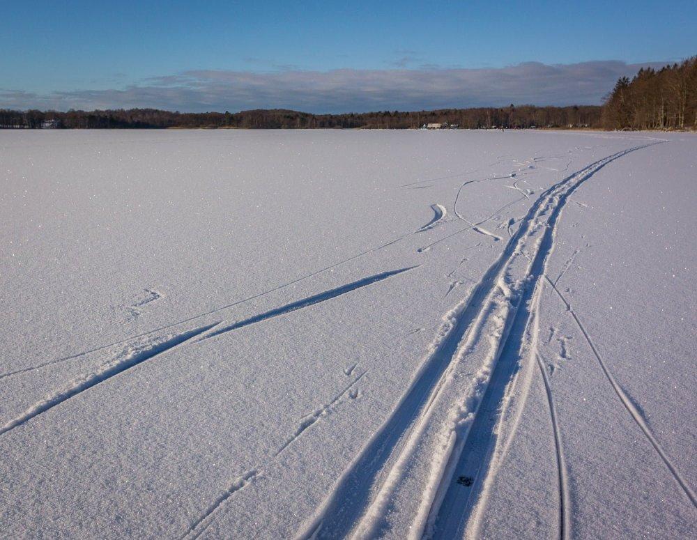 Skidor funkade också fint på sjön