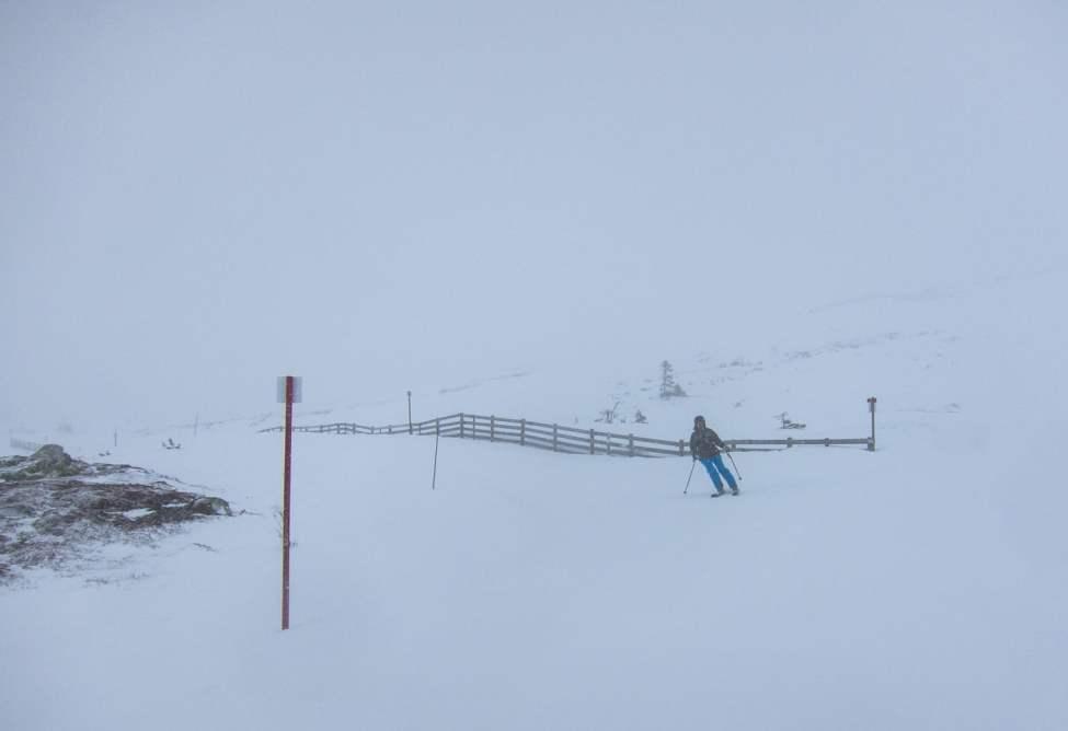 Snöigt och lite blåsigt och klart otrångt
