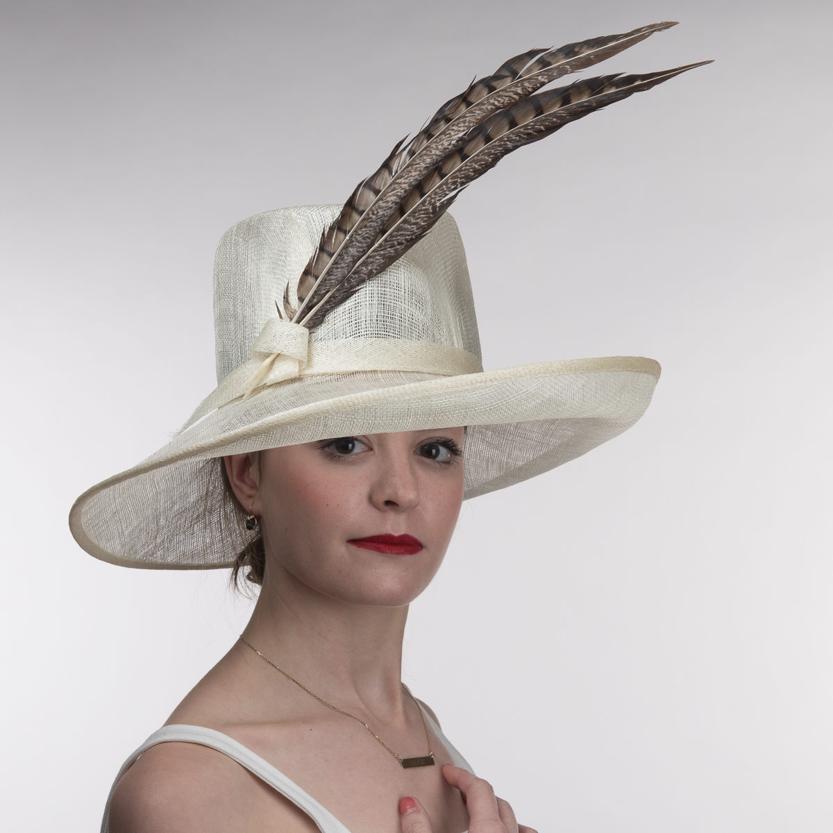 Wesern Style Sinamay With Pheasant Feather Hats 102575