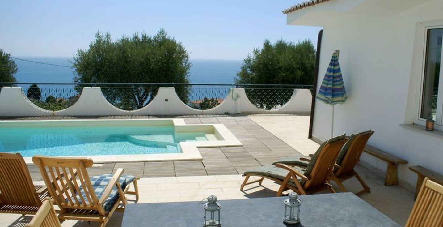 Kalabrien Ferienhaus mit Pool