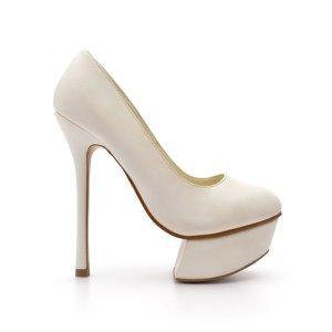 reducere Pantofi dama Macrina albi, cel mai mic pret