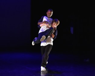Phoenix Dance Theatre – NO BOUNDS FREE Dance Classes For Boys