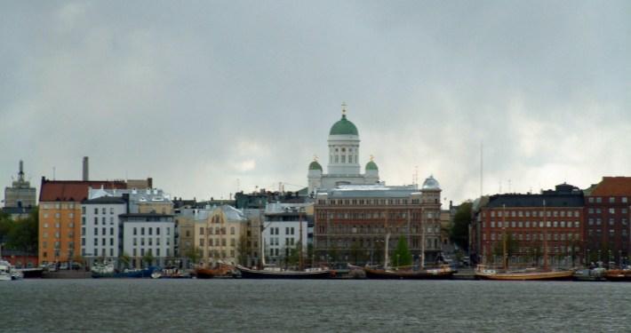 Helsinki by sea