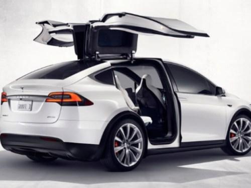 Електромобилът Tesla Model X официално ще бъде представен на 29-ти септември...