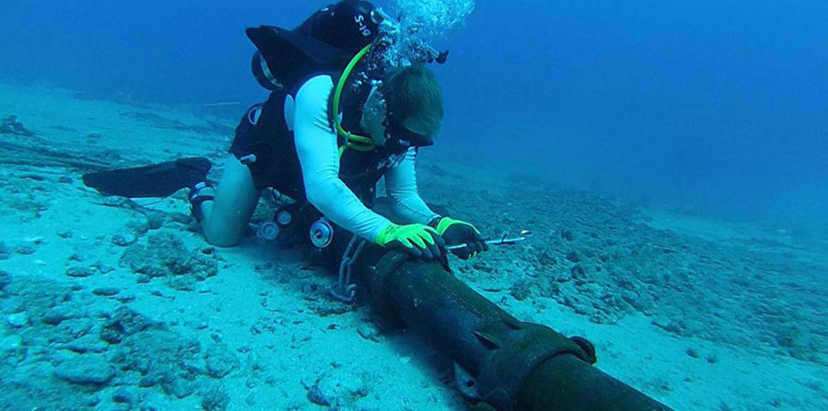 Глобалната мрежа от кабели, разположена на дъното на океаните, може