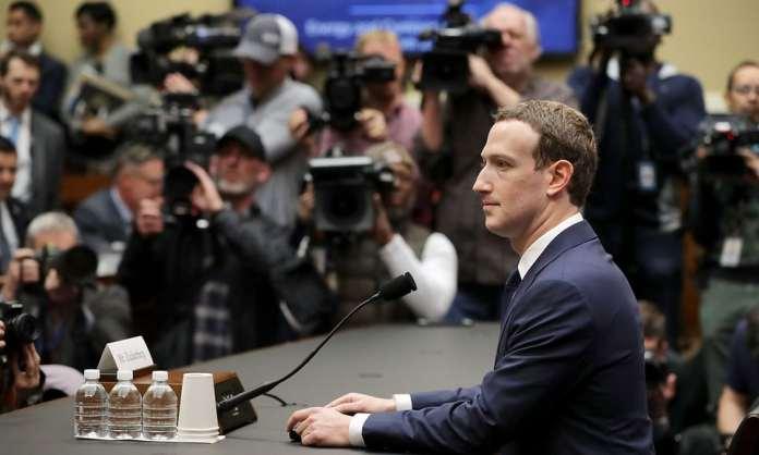 Facebook  500 000   Cambridge Analytica
