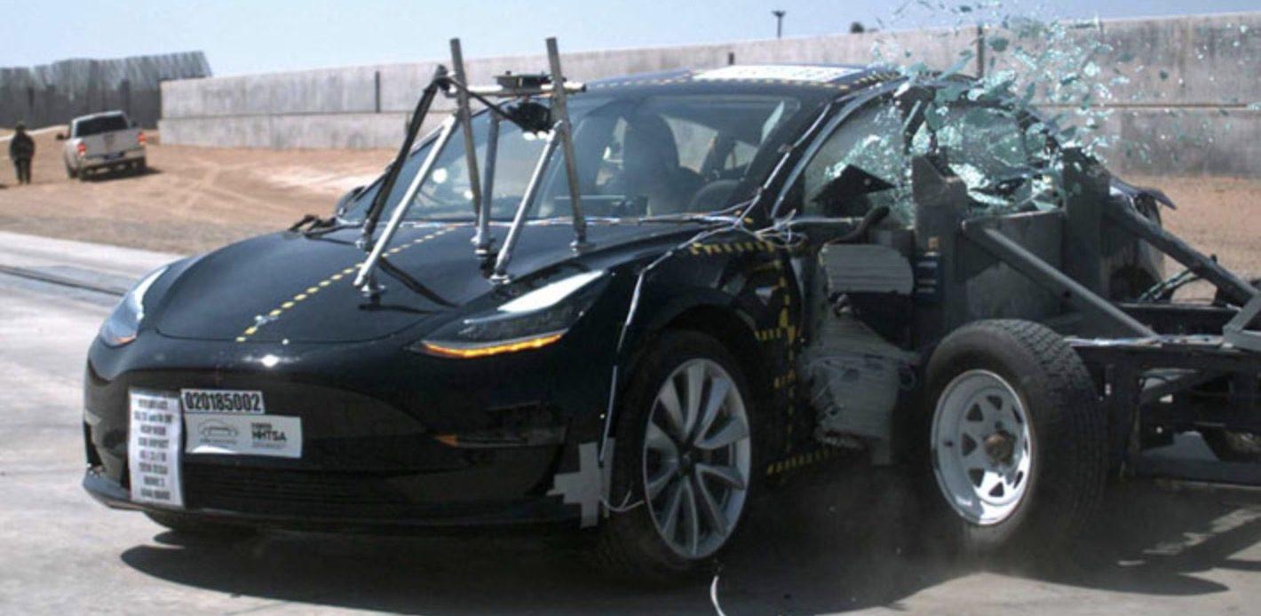 Бюджетният модел на Tesla повтори успеха на по-старшите Model S