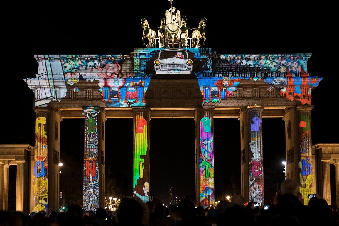 """С впечатляващи 3D mapping проекции, част от престижния """"Фестивал на"""