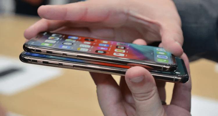 Екипът на Gsmarena представи своята поредна класация на десетте смартфона,