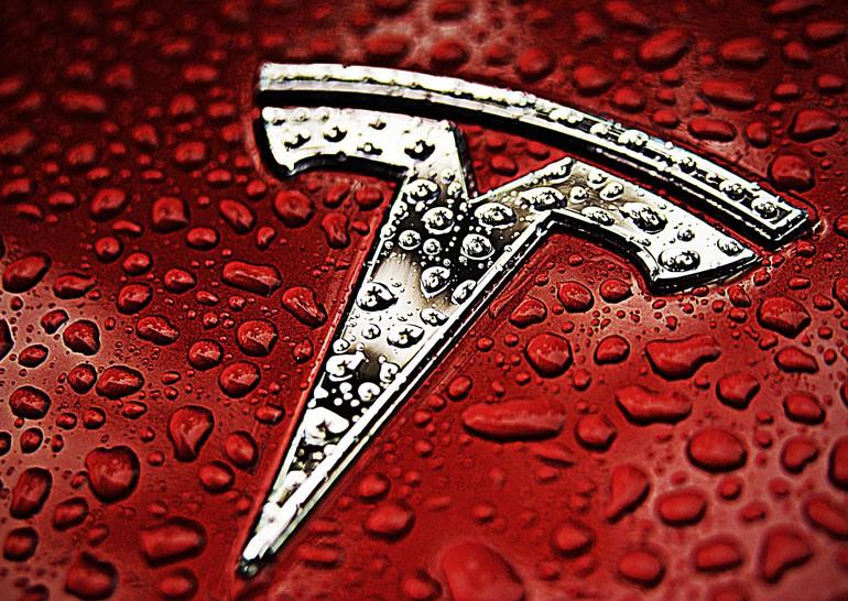 Tesla закупи голям поземлен участък в Шанхай, на който възнамерява
