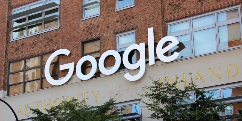 Роскомнадзор глоби Google с 500 000 рубли (7 548 щатски