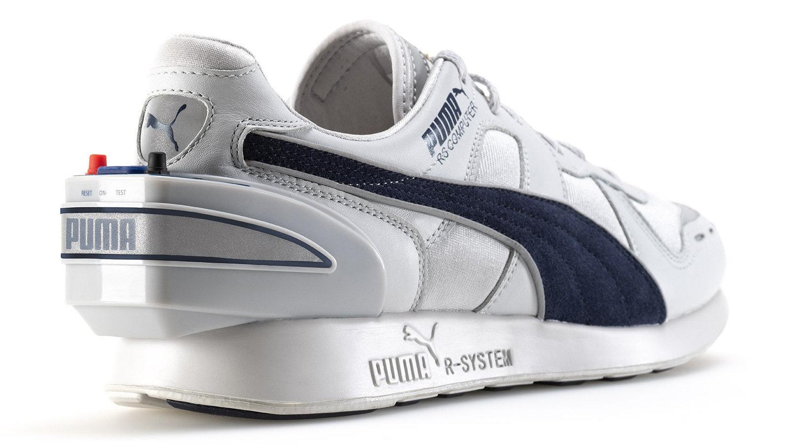 Интелигентните обувки може да звучат като скорошна иновация, но всъщност