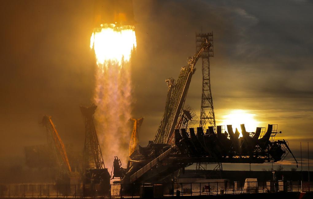 """NASA иска от Роскосмос да разработи нов """"Союз"""" за полети до Луната"""