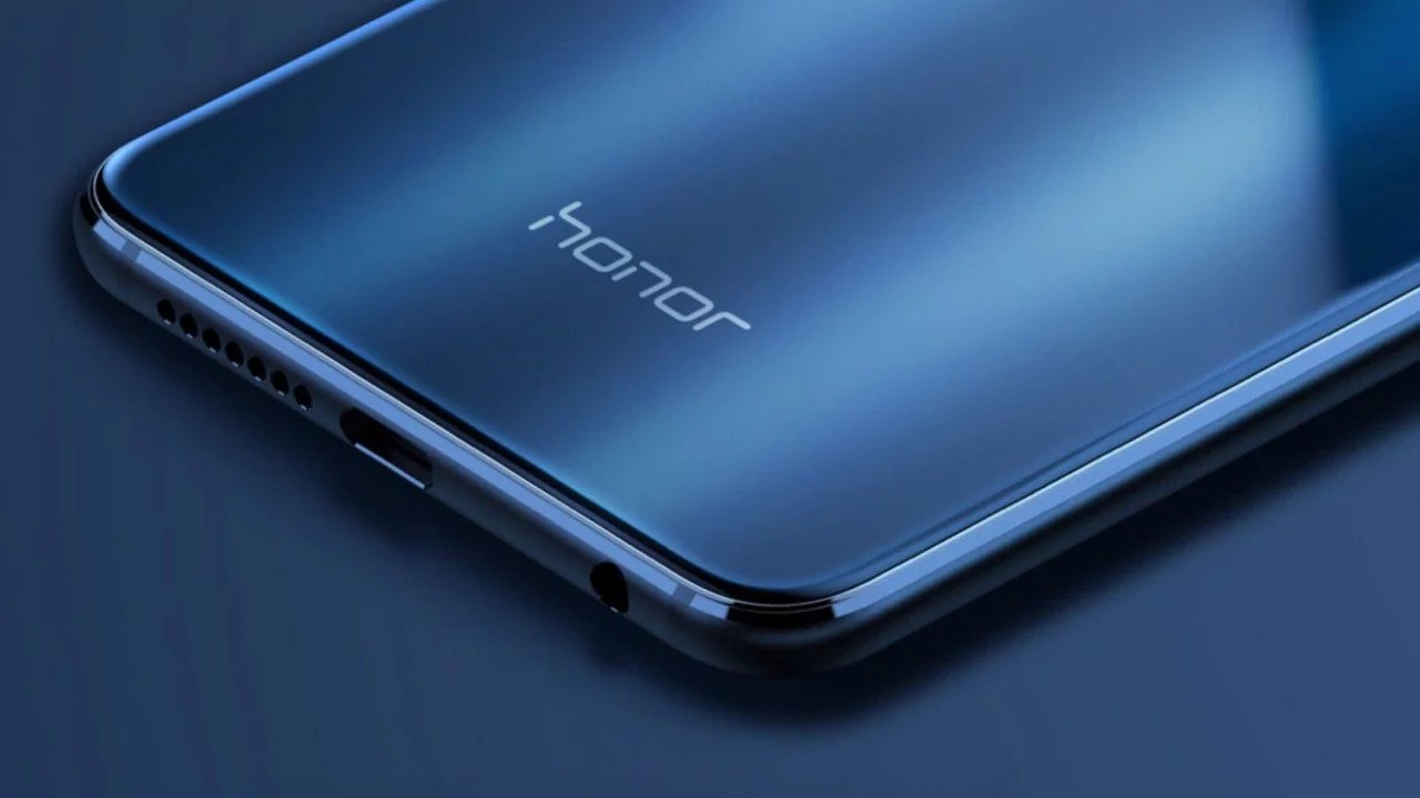 Нови рендери на Honor 20 намекват за IPS дисплей