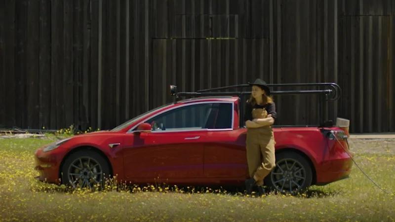 Превърнаха електромобила Tesla Model 3 в пикапа Truckla