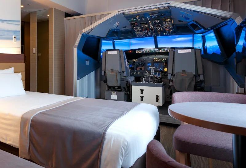 Снимка: Японски хотел оборудва стая с пълен летателен симулатор
