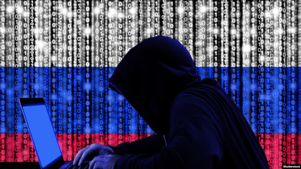 Хакер от Русия, но женен за българка, твърди, че е
