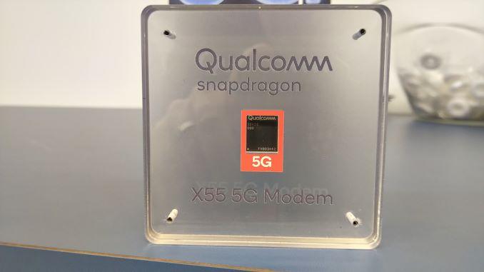 Гигантът в производството на процесори и чипове Qualcomm събра стотици