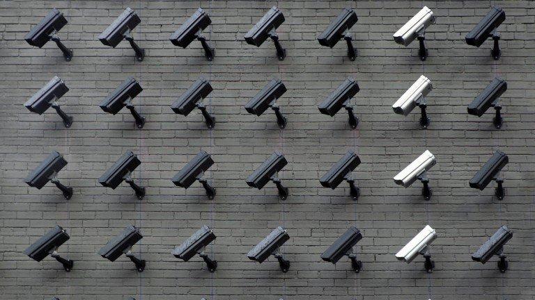 Европейската комисия обмисля да забрани лицевото разпознаване на публични места