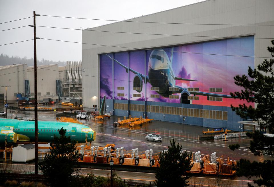 Специалистите на корпорацията Boeing откриха нови грешки при подробната проверка