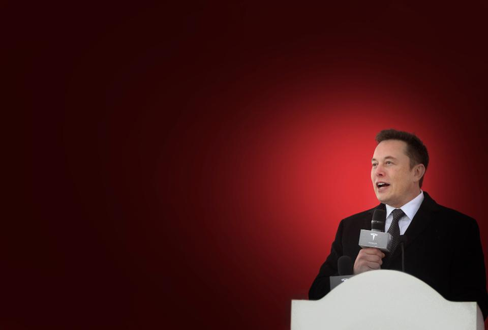 През последните дни акциите на Tesla чупят рекорди. След уж