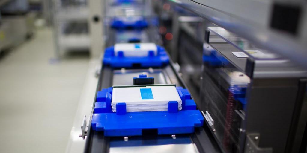 Bloomberg NEF: САЩ все повече изостава в надпреварата при акумулаторните батерии
