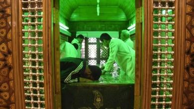 تصویر اهتمام مسئولان به  آباد کردن قبرستان ها؛ ۲۰۰۰ بقعه در کشور درحال بازسازی  است