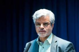 Photo of محمود صادقی: روحانی درباره کرونا توهم توطئه دارد