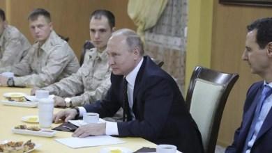 تصویر سیاستمداران علوی در دیدار با مقام روس: حکومت سوریه حق ندارد به نمایندگی از علویان در مذاکرات صلح حضور یابد