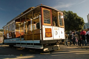 A cable car turning around at Fisherman's Wharf