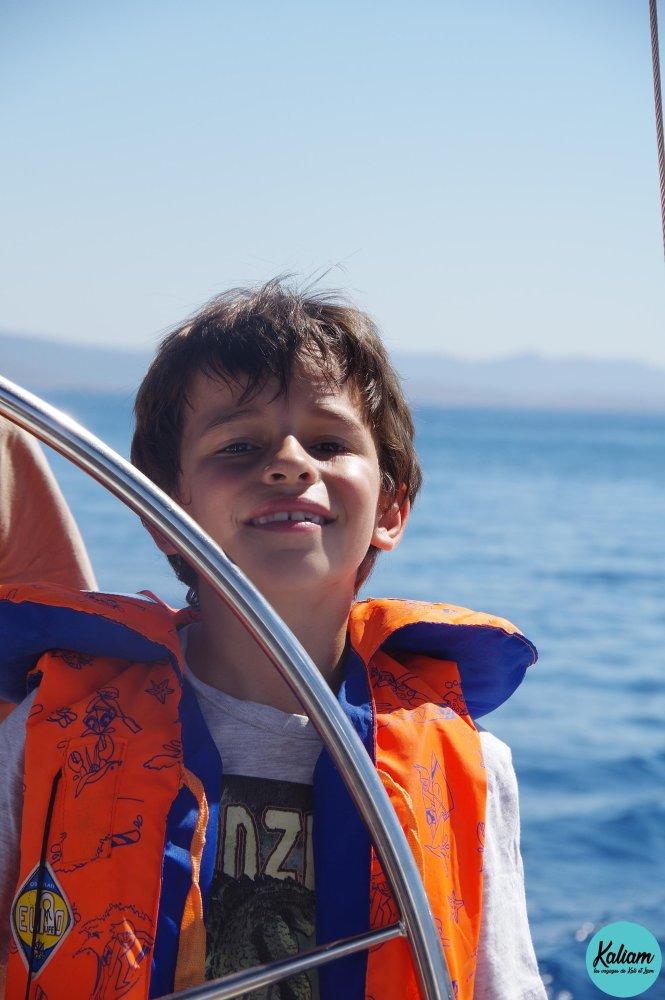 Liam avec sa veste de sécurité