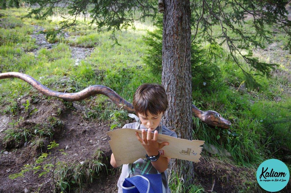 Liam à la chasse avec serpent ...