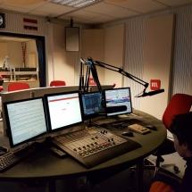 Voilà à quoi ressemble un studio de radio