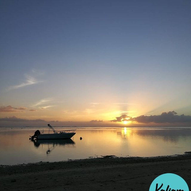 An other glorious sunset in Moorea Un autre fabuleux couchhellip