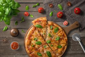 Pizza naslovnica