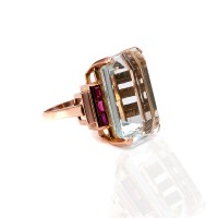 Retro aquamarine and ruby ring in rose gold from the 1940s