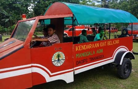 Ketgam : Kendaraan yang kerap mengantar siswa/siswi pergi dan pulang sekolah secara gratis/foto : Ist