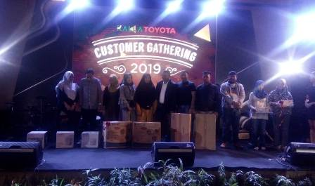 Ketgam : suasana Customer Gathering yang di gelar Kalla Toyota Kendari