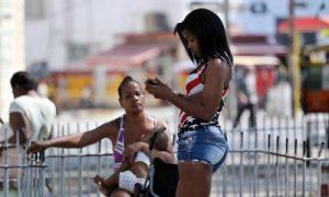 Cuba realiza una nueva prueba de internet en moviles gratis/EFE