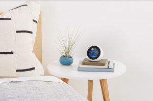 Amazon lanza su asistente virtual Alexa y el dispositivo Echo en España