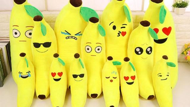 Bantal guling pisang