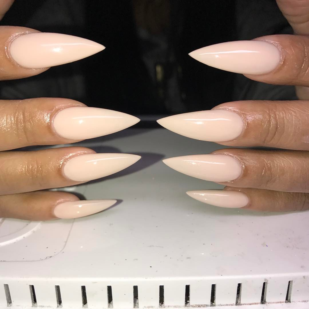 Mondays Are For Manicures! - The Nail Shape Dictionary | Kamdora
