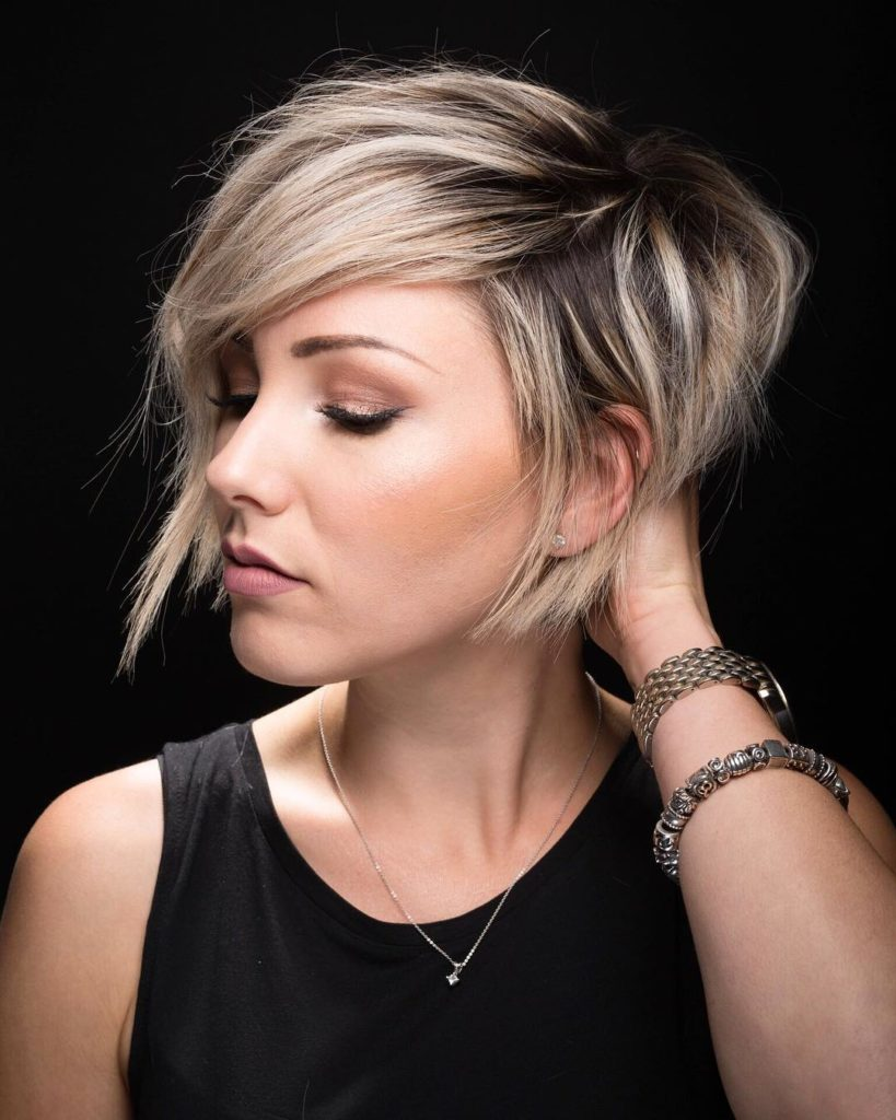 Short Hairstyles to try out for that edgy cool look (1)