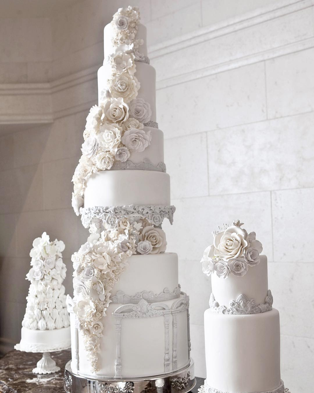 wedding cake by fine cakes by zehra official 2