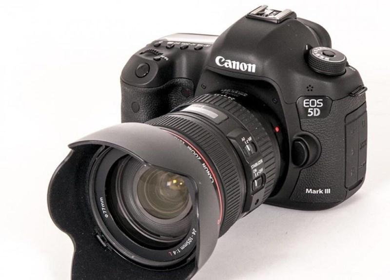 NY GENERASJON: Canon EOS 5D er ute i generasjon Mark III. (Foto: Toralv Østvang)