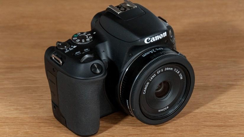 Canon-200D-2